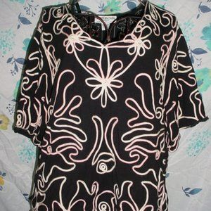 LAUREN MICHELLE WOMAN Floral Threading Blouse 3X